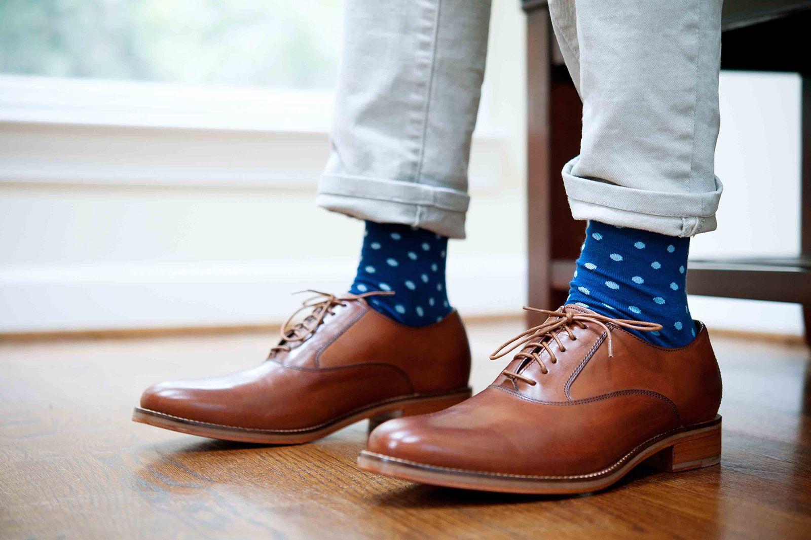 Guide to Choosing the Right Men's Dress Socks