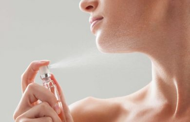 13 Essential Tips on How to Apply Perfume for a Long Lasting Scent