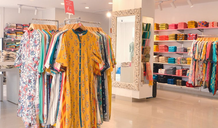 Essential Benefits of Buying Your Dresses from a Reputable Store